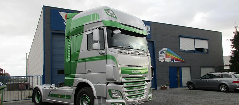 Herspuiten carrosserie vrachtwagen