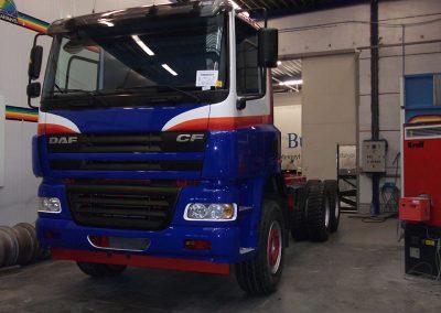 Carrosserieherstellingen en spuitwerk vrachtwagen Gits