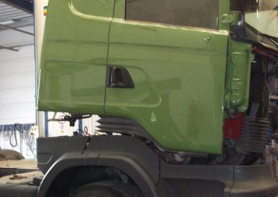 Spuitwerk vrachtwagencabine